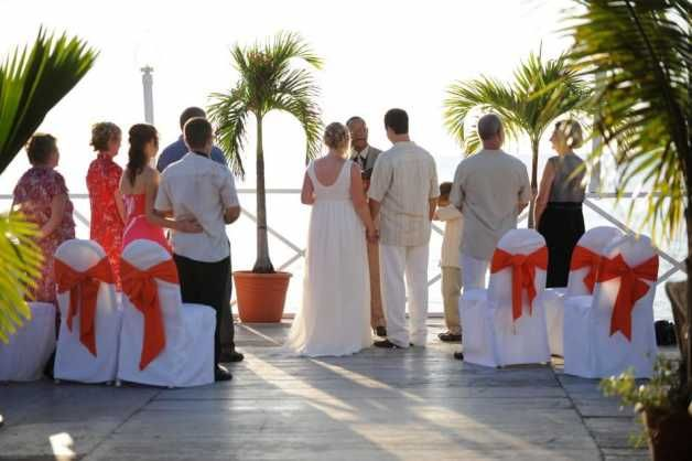Grand Cayman Residents Tie The Knot At Grand Old House Image - 1