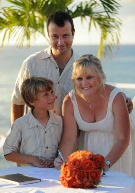 Grand Cayman Residents Tie The Knot At Grand Old House Image - 2