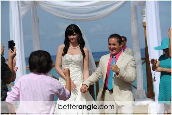 Katie & Mario Morning Wedding Image - 9