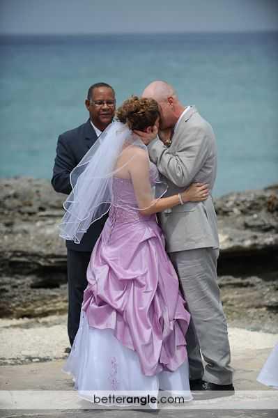 Lisa & Blairs Wedding Image - 12