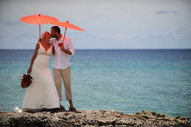 Michaela & Jason At Grand Old House, Grand Cayman Image - 6