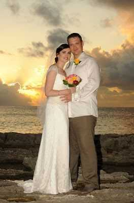The Cayman Sky Clears For Rebecca And Jason Image - 4