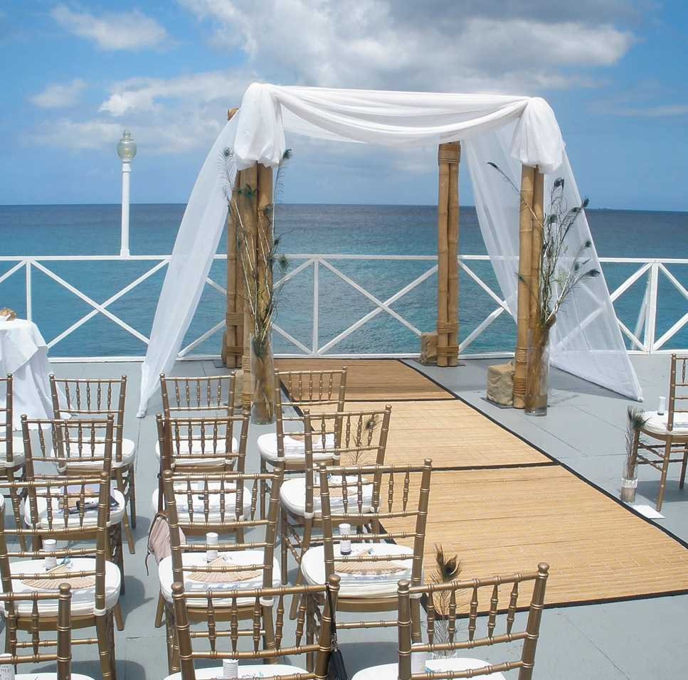 Waterfront Wedding Venue in Cayman Image 1 - Grand Old House
