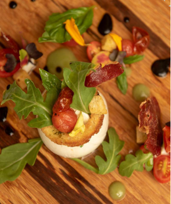 Canapé with Wine Tastings